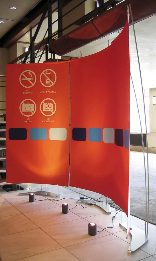 Fabric Exhibition Stand Goal : Curved fabric exhibition stands with opaque satin banners
