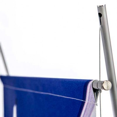 Support rail and mast detail for D4 banner stand