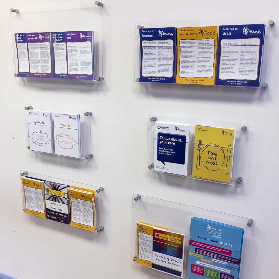 A5 Leaflet Holders Clear Acrylic A5 Pockets With Stand