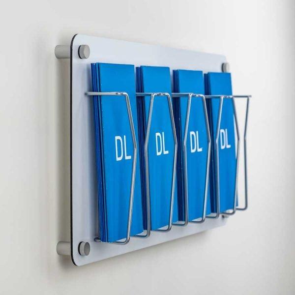 DL quad leaflet display wall fixed