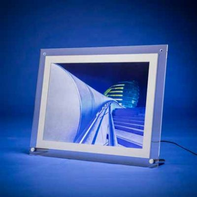 Illuminated table top poster displays