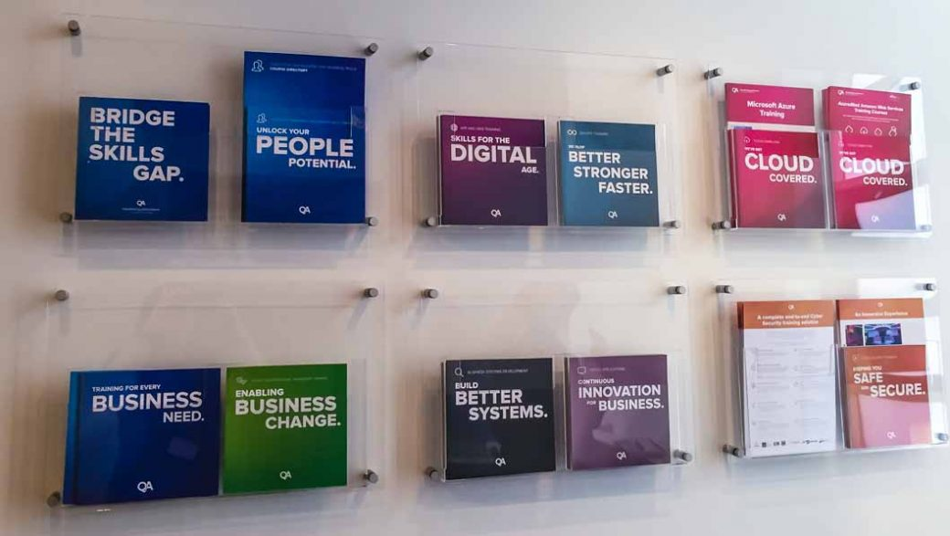 wall mounted acrylic a4 leaflet holders