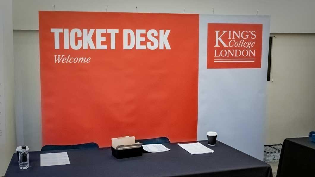 banner exhibition system for event registration